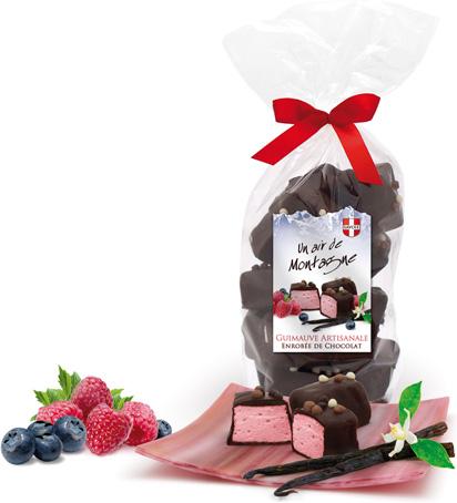 cubes de guimauves à la myrtille ou framboise enrobés de chocolat noir intense
